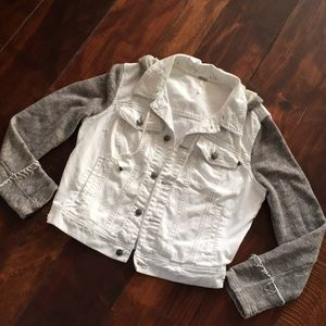 Free People UNIQUE!Distressed hoodie jean jacket
